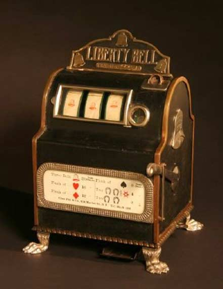 img history liberty bell big Caille Eclipse Upright Antique Slot Machine